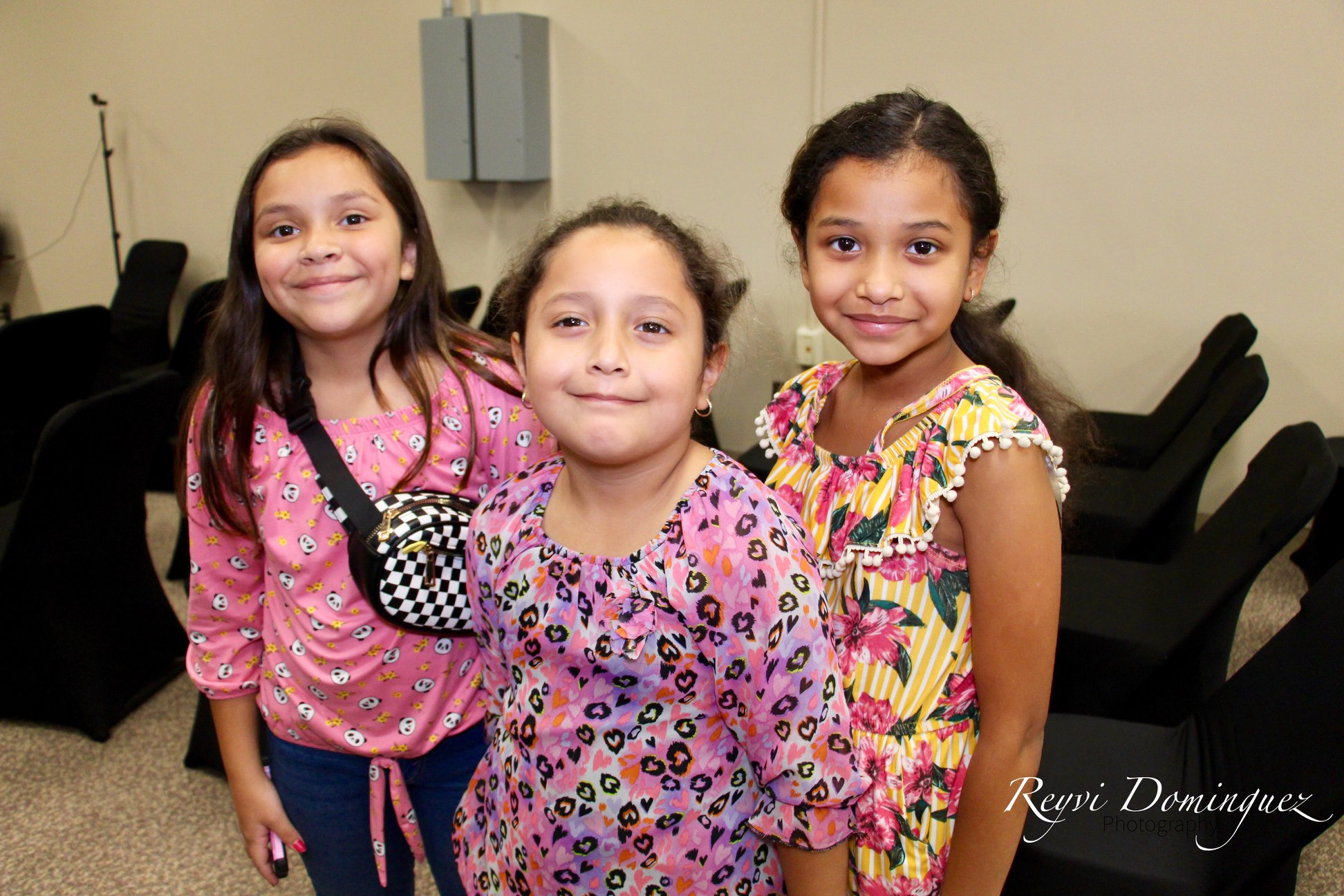 Three young girls